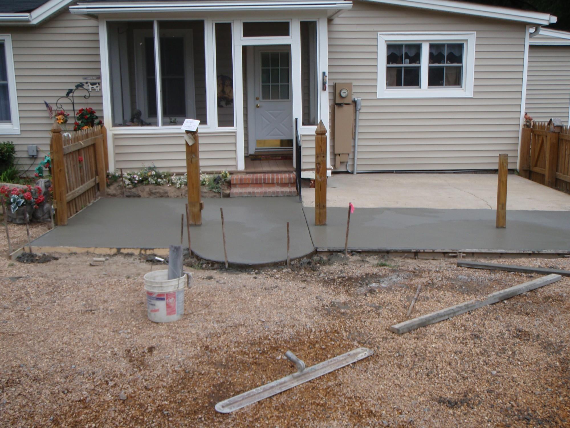 Attrayant Climbing Large Tree Removal Concrete Patio (concrete Division) 3